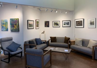 Loft upstairs - lounge seating